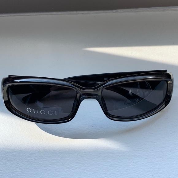 02dcbdd5311 Gucci Accessories - SALE🚨Authentic Gucci vintage small sunglasses